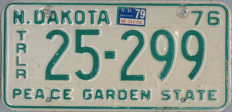NORTH DAKOTA 1976 1979 Oldtimer Nummernschild # 25299