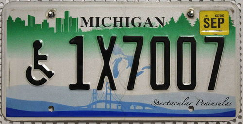 MICHIGAN Special * Handicapped * - Nummernschild # 1X7007 =